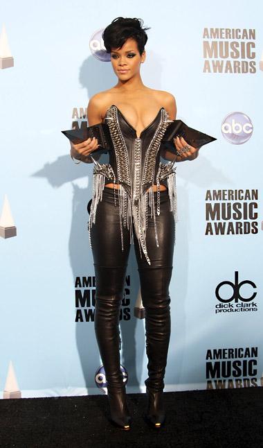 Rihanna(2)main