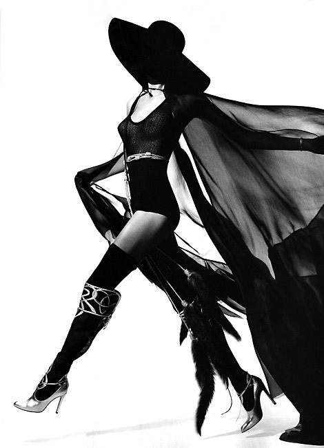 Boot Fashion: Daria Werbowy in Gianvito Rossi Over The Knee Boots. Vogue Paris, 04/2010.