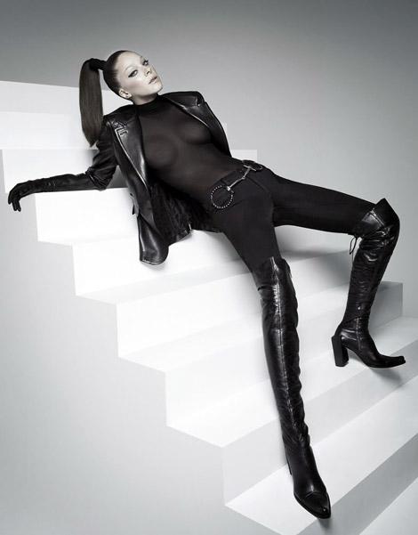 Boot Fashion: Nathalie Edenburg in Over The Knee Boots. Elle Brasil, 04/2009.
