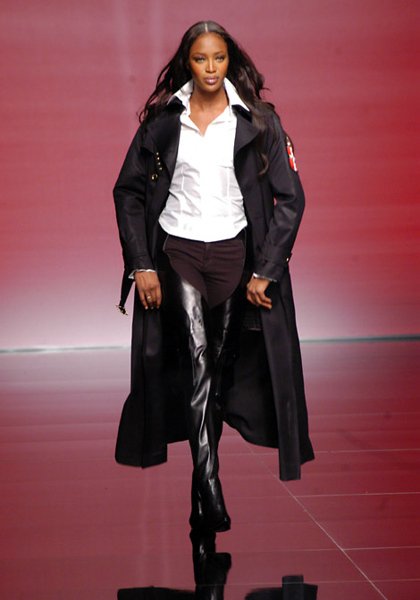 Runway Boots: Naomi Campbell in Rocco Barocco Chap Boots. F/W 2003.