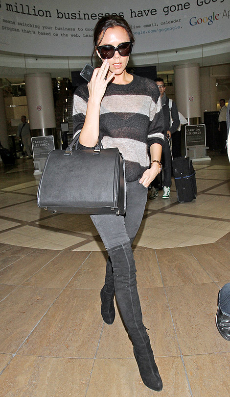 Celebrities in Boots: Victoria Beckham in Brian Atwood Thigh High Boots. Los Angeles, 11.18.2010.