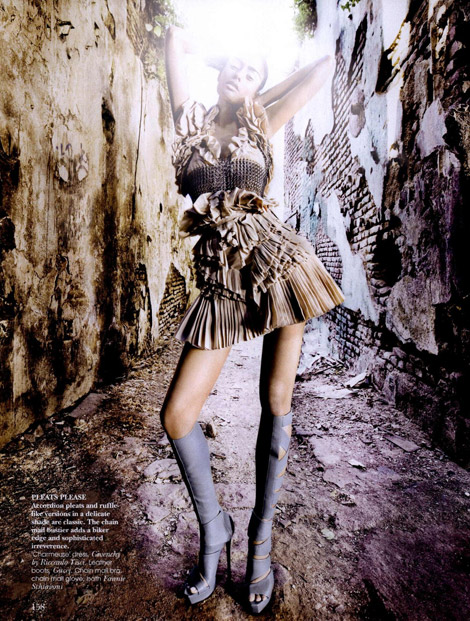 Boot Fashion: Alyssah Ali in Gucci Knee High Boots. Vogue India, 08.2010.