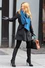 BlakeLively121403th