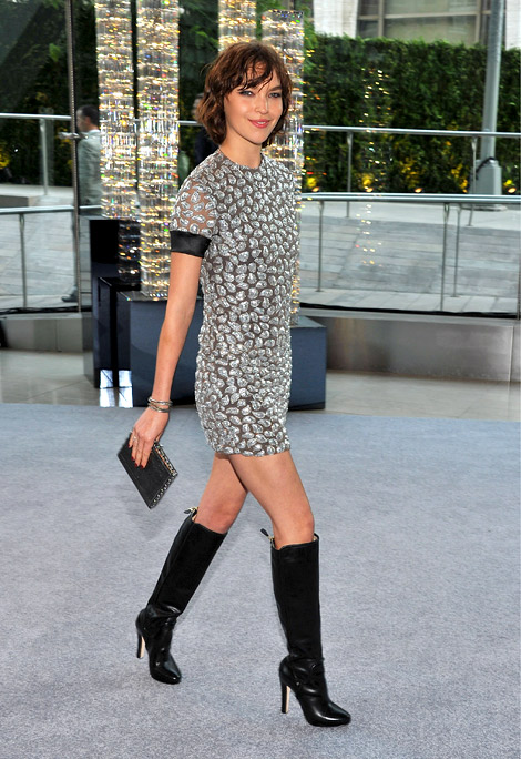 Boot Fashion: Arizona Muse in Diane von Furstenberg Knee High Boots. New York City, 06.04.2012.