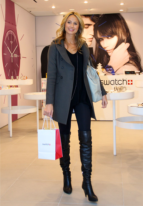 Celebrities in Boots: Stacy Keibler in Over The Knee Boots. Los Angeles, 12.18.2011.