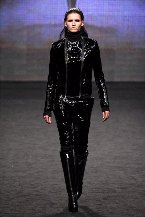 Runway Boots: Patent Leather at C'N'C Costume National. Fall/Winter 2012/13. Milan, 02.24.2012.