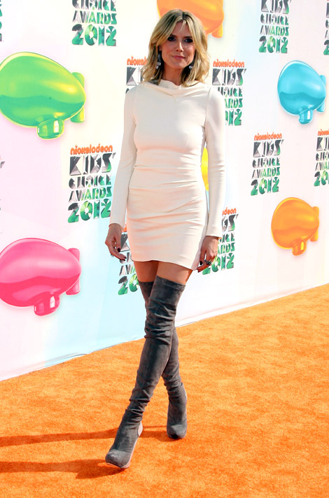 Celebrities in Boots: Heidi Klum in Roland Mouret Thigh High Boots ...
