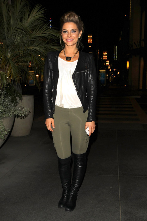 Celebrities in Boots: Maria Menounos in Over The Knee Riding Boots. Los Angeles, 04.02.2012.