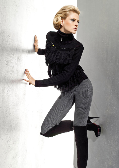 Boot Fashion: Mirjam Roth in Over The Knee Boots. Women's World Magazine, 11.2010.