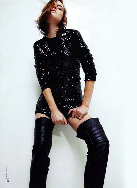 Boot Fashion: Isis Bataglia in Ausländer Thigh High Boots. Versatille #58, 07.2010.
