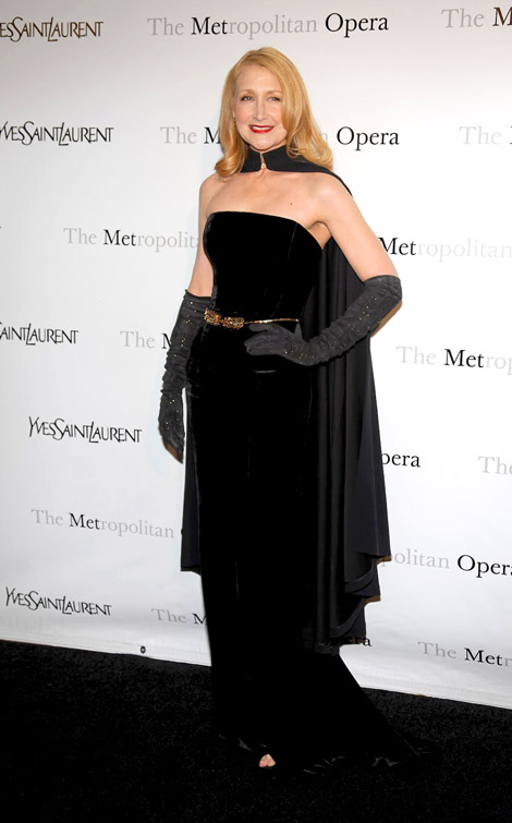 Celebrities in Gloves: Patricia Clarkson in Yves Saint Laurent Opera Gloves. Metropolitan Opera Gala NYC, 03.26.2012.