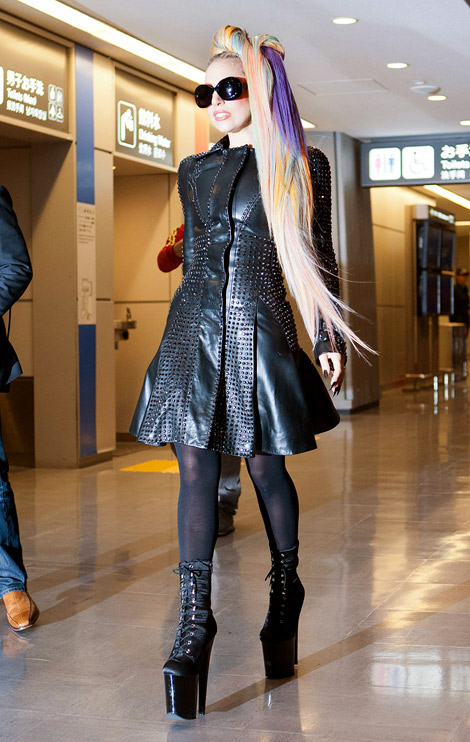 Celebrities in Boots: Lady Gaga in Platform Boots and ...