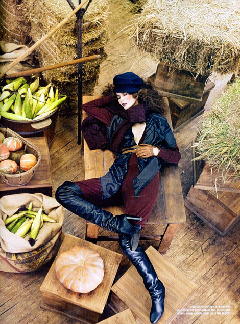 Boot Fashion: Song Kyung Ah in Thigh Thigh Boots. Vogue Korea, 08.2012.