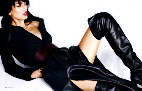 Boot Fashion: Bregje Heinen in Hermès Thigh High Boots. Elle Russia, 08.2012.