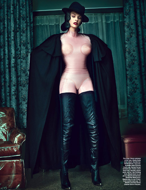 Boot Fashion: Linda Evangelista in Versace Crotch High Boots. W Magazine, 09.2012.