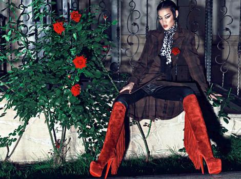 Boot Fashion: Huang Xiaomeng in Christian Louboutin Platform Knee High Boots. Numéro China, 09.2012.