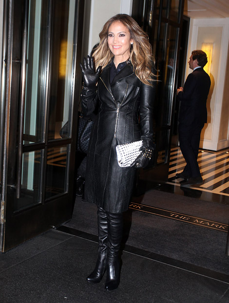 Celebrities in Boots/Gloves: Jennifer Lopez in Valentino Leather Gloves and Over The Knee Boots. New York City, 01.22.2013.