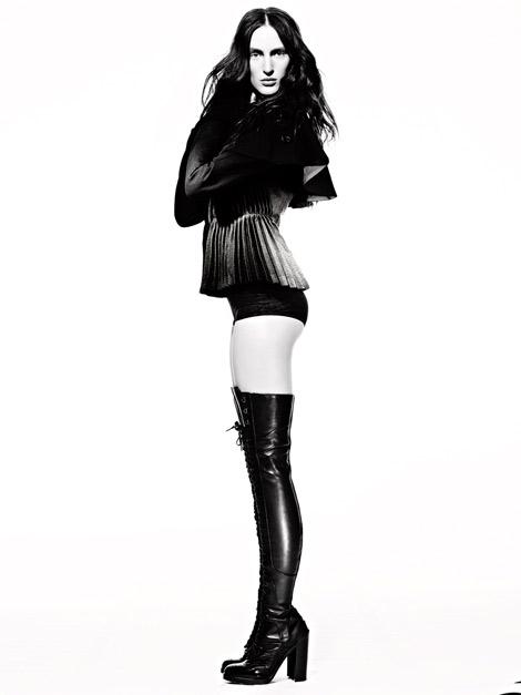Boot Fashion: Franziska Mueller in Alexander McQueen Thigh High Boots. Numéro China #23, 11.2012.
