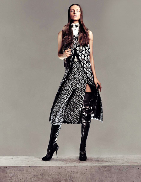 Boot Fashion: Daga Ziober in Sergio Rossi Thigh High Boots. Vogue Spain, 09.2012.