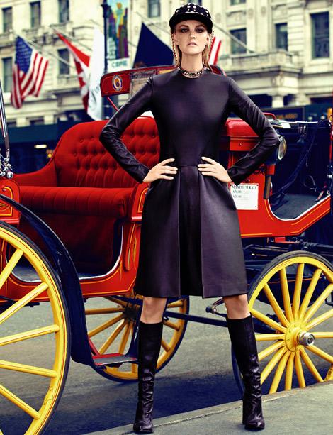 Boot Fashion: Caroline Trentini in Calvin Klein Knee High Boots. Vogue Brasil, 09.2012.
