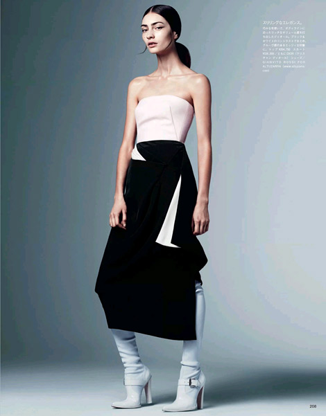 Boot Fashion: Marine Deleeuw in Gianvito Rossi for Altuzarra Over The Knee Boots. Vogue Japan, 08.2013.