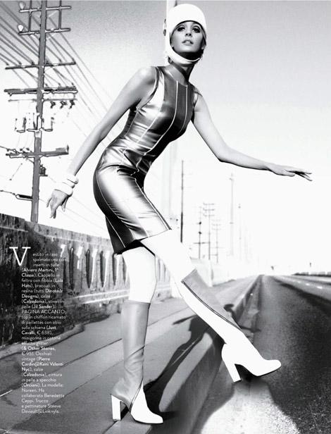 Boot Fashion: Noreen Carmody in Jill Sander Knee High Boots. Grazia Italia, 05.2013.