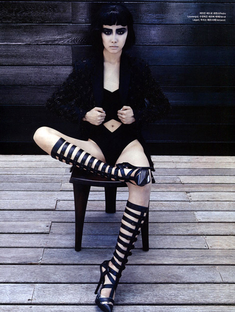 Boot Fashion: Ji-Young Kwak in Versace Knee High Boots. Vogue Korea, 07.2013.