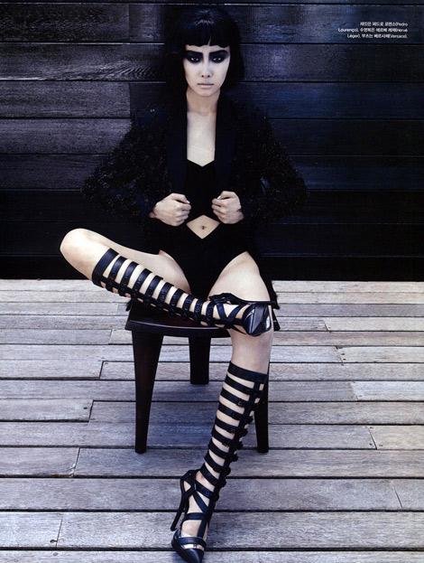 Boot Fashion: Ji-Young Kwak in Versace Knee High Boots. Vogue Korea, 07.2013.