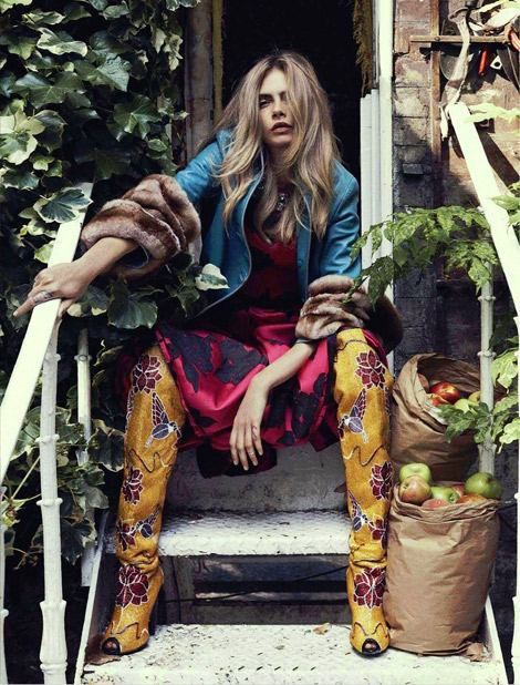Boot Fashion: Cara Delevingne in Tom Ford Over The Knee Boots. Vogue Australia, 10.2013.