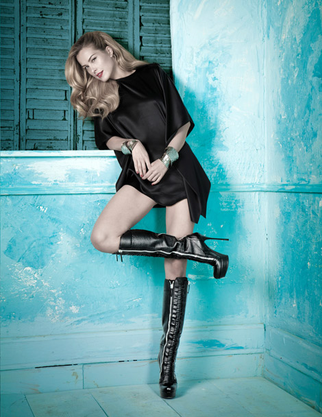 Boot Fashion: Petra Nemcova in Browns Knee High Platformed Boots. Browns F/W 2013.14 Campaign.
