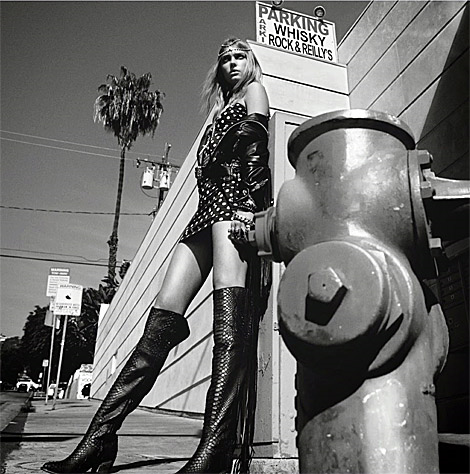 Boot Fashion: Sigrid Agren in Old Gringo Over The Knee Boots. Numéro Magazine #152, 04.2014.