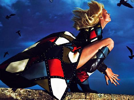 Boot Fashion: Anna Ewers in Valentino Knee High Boots. Vogue Paris, 08.2014.